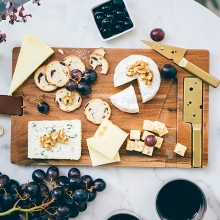 Доска для нарезки сыра и 2 ножа 'Cheese Village'