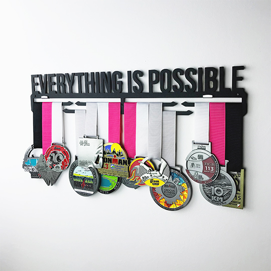Медальница 'Everything is possible'